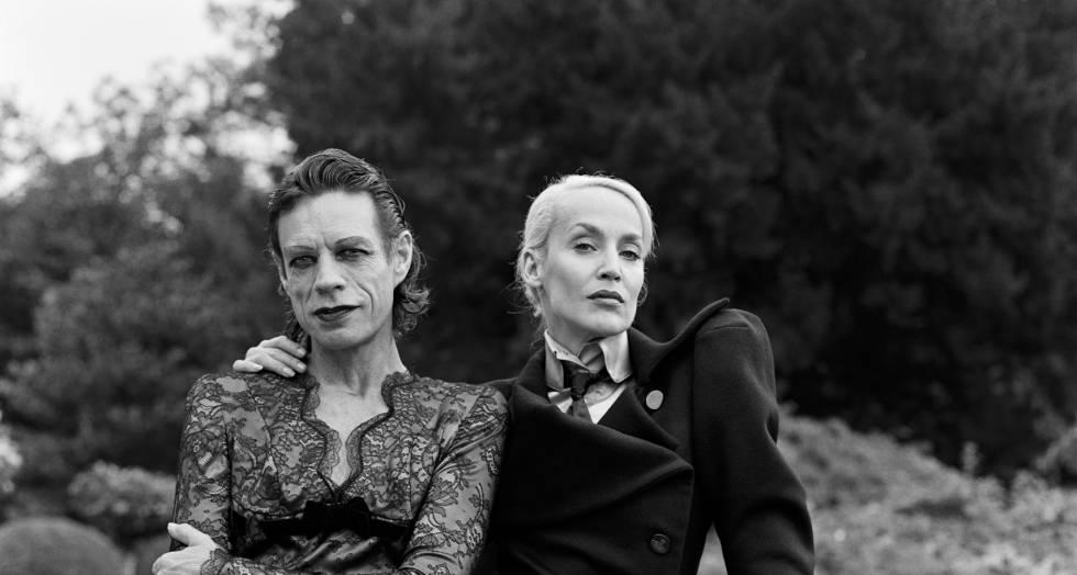 Mick Jagger e sua ex-esposa Jerry Hall em uma imagem de 1996.