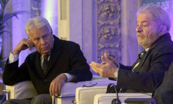 O ex-premiê espanhol Felipe González e Lula em Madri.