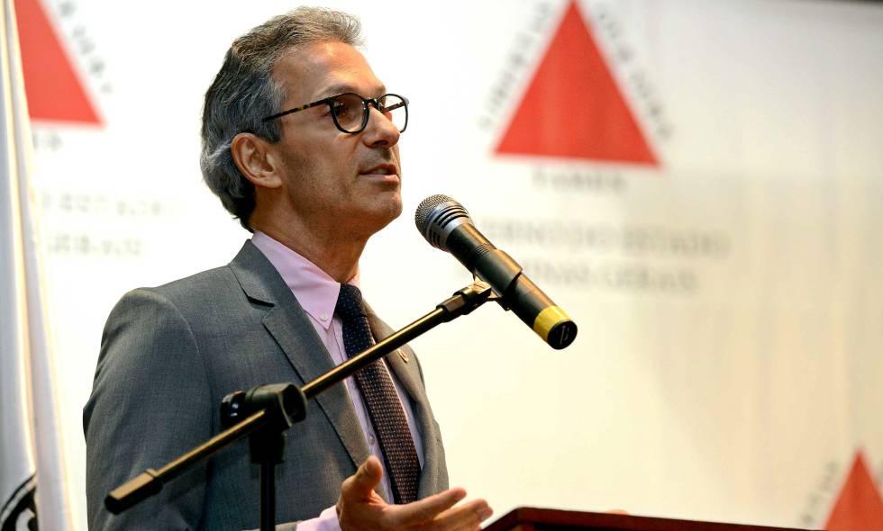 Romeu Zema lidera o governo do Novo em Minas Gerais.