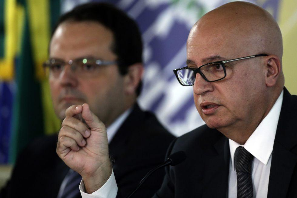 Os ministros Nelson Barbosa e Valdir Simão.