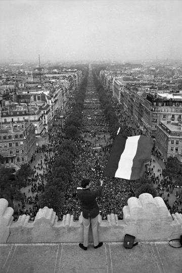 Manifestação gaullista em Paris, em 30 de maio de 1968