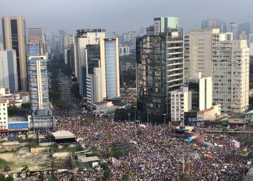 Protestos foram organizados para este sábado em diferentes cidades do Brasil e do mundo