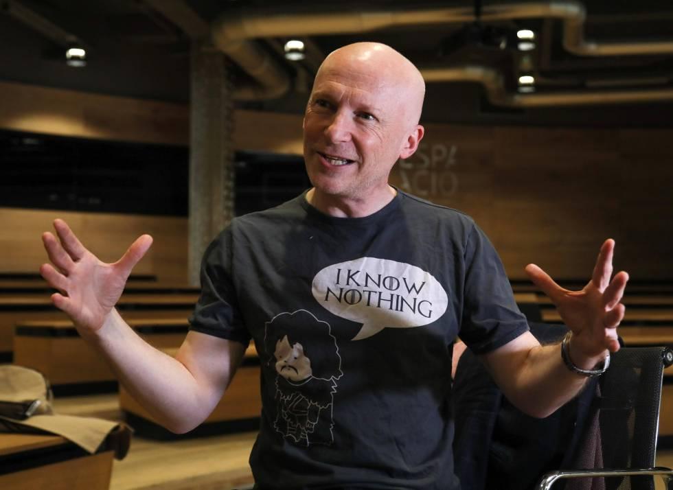 Marcus du Sautoy na Fundação Telefônica durante a entrevista.