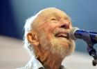 O cantor, ícone da música norte-americana e lenda da canção de protesto, morre aos 94