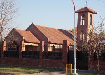 Uma ex-freira da congregação provoca um escândalo ao revelar castigos físicos e psicológicos em um convento