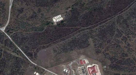 Fotografa satélite da instalação da CIA em Guantánamo conhecida como Penny Lane.