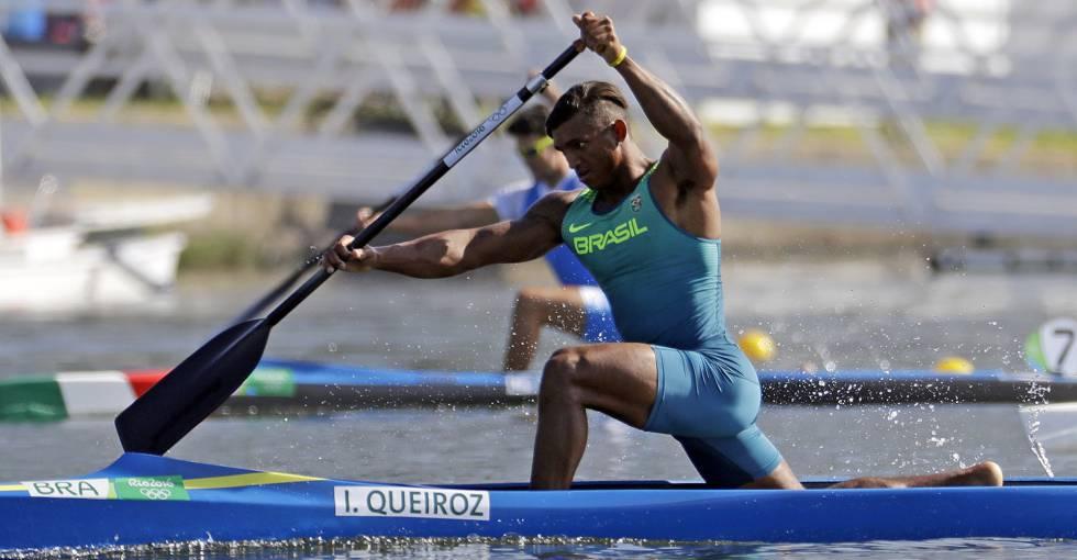 Isaquias Queiroz está na final da canoagem.