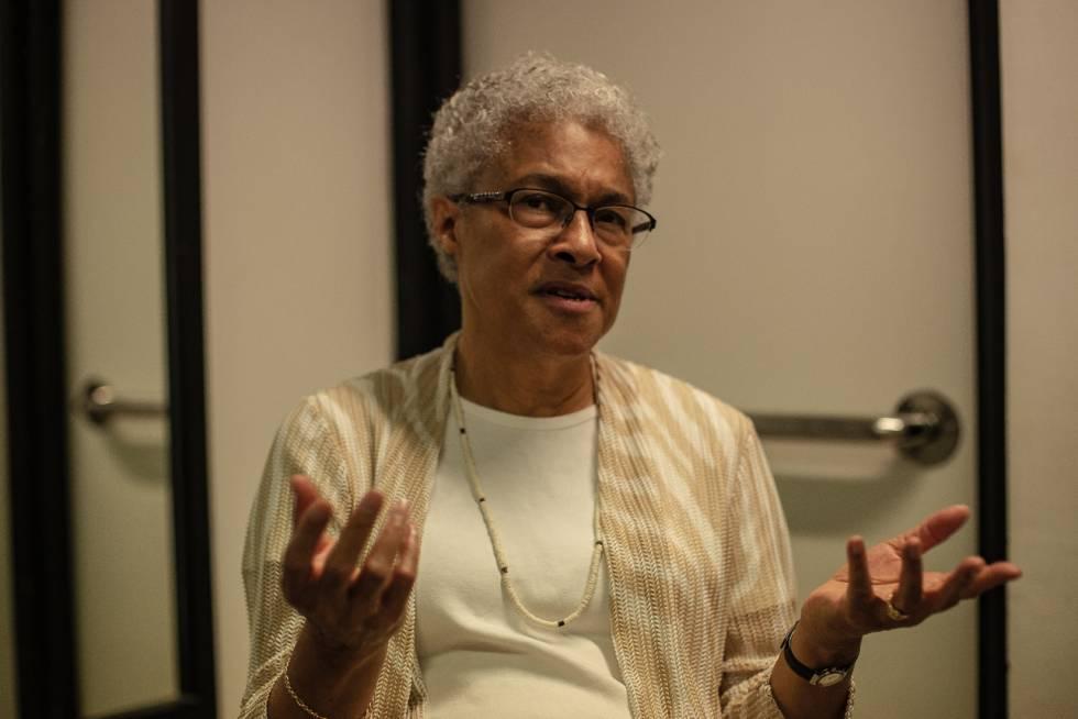 Patricia Hill Collins durante entrevista a repórter Rute Pina da Agência Pública.