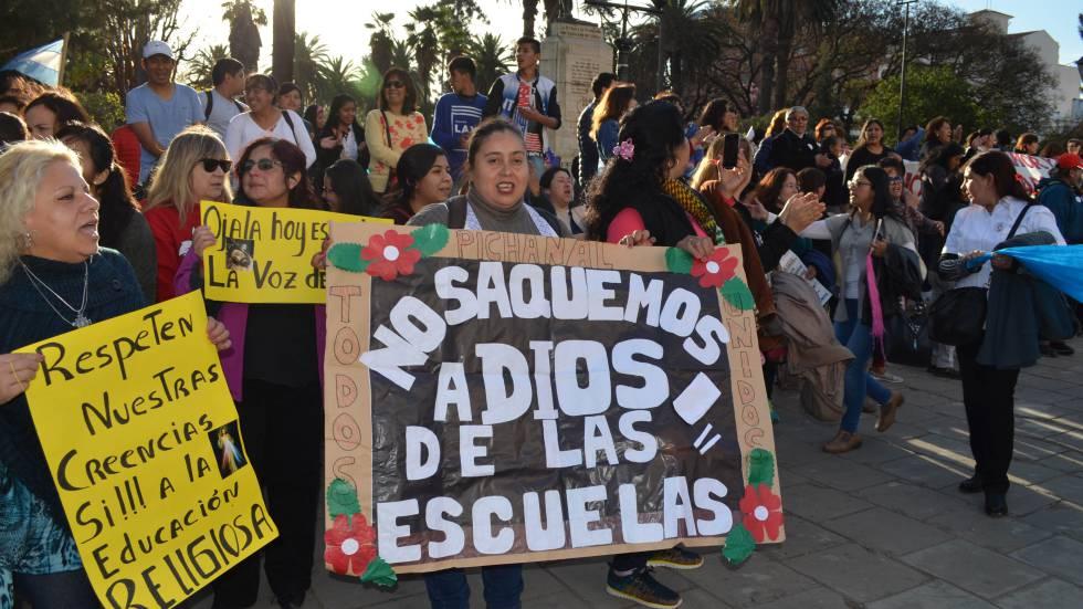 Protesto contrário à proibição da educação religiosa em Salta, em agosto passado.