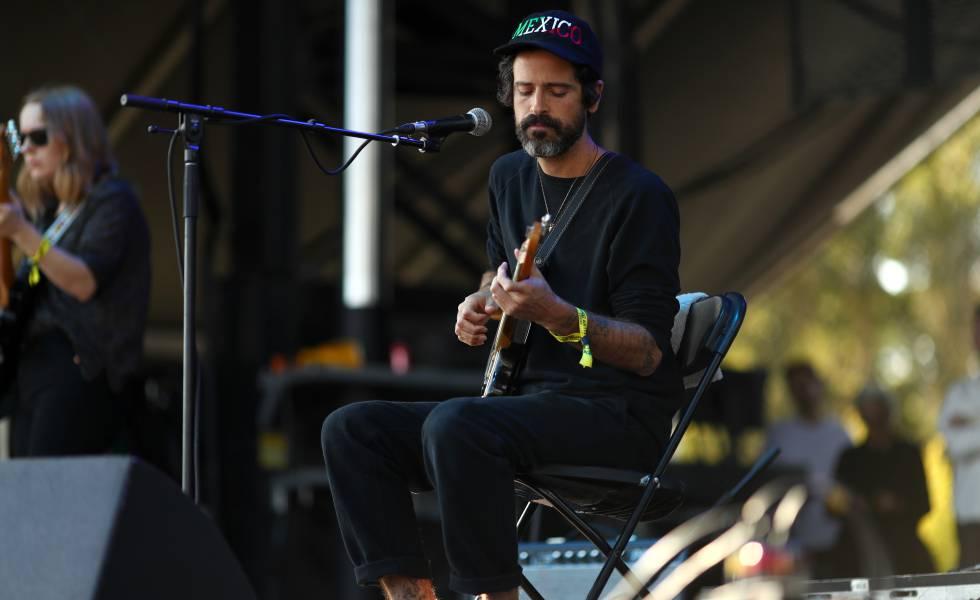 O músico Devendra Banhart, em uma apresentação em setembro na Califórnia.