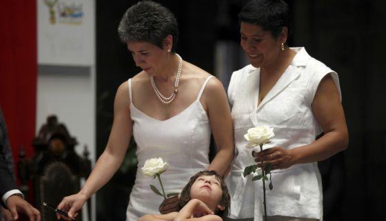 Um dos primeiros casamentos gays na Cidade do México, em 2010.
