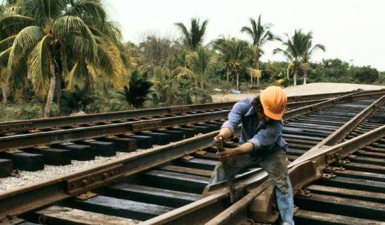 Obras ferroviária no México.