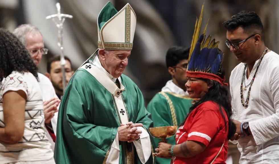 Para Francisco na missa que abriu o Sínodo da Amazônia.