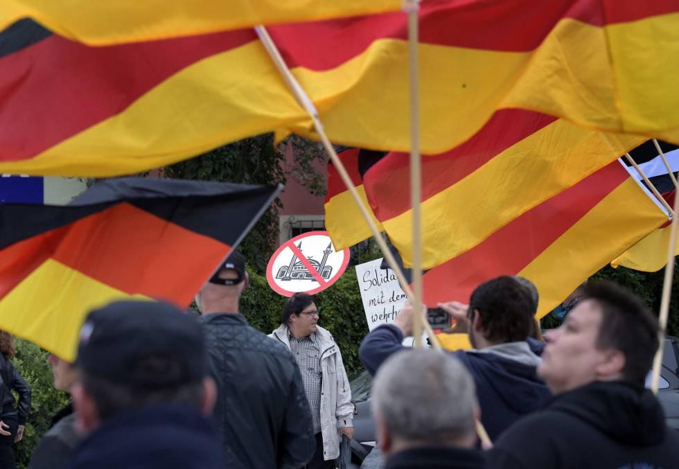 Manifestação xenófoba em Bautzen, no leste da Alemanha.