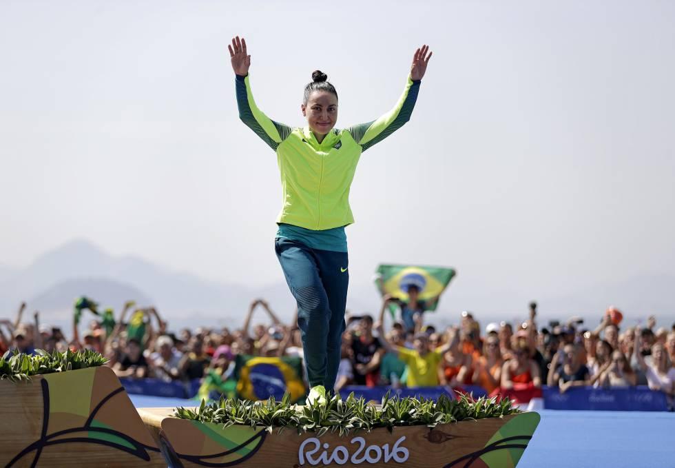 Poliana Okimoto, medalha de bronze na Rio 2016.
