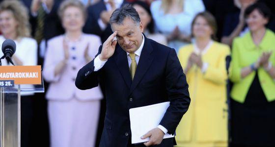 Víktor Orbán, na sua posse em maio.