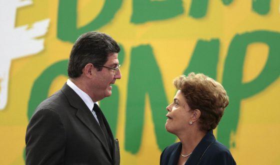Dilma e seu ministro da Fazenda, Joaquim Levy.