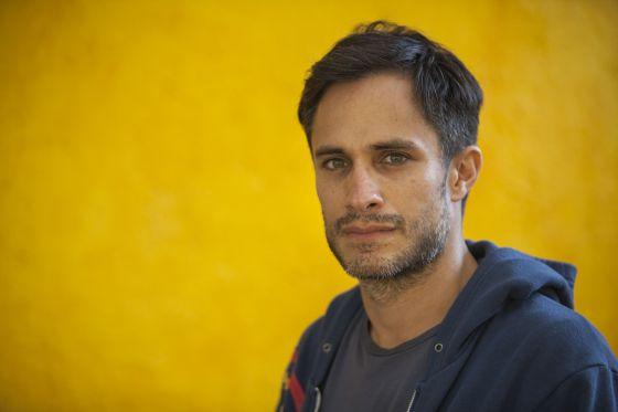 Gael García Bernal nos escritórios da Canana, sua produtora.