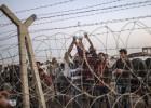 O governo turco fecha alguns postos de controle na fronteira e estima que 450.000 curdos vivam na região entre os dois países