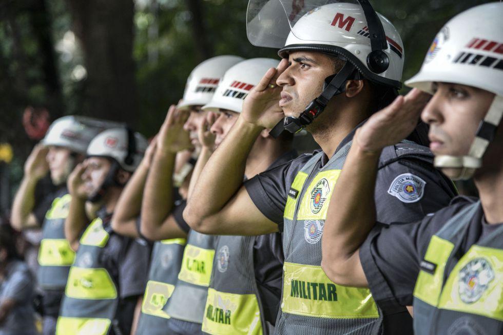 Policiais em ato anti-impeachment dia 18 em SP.