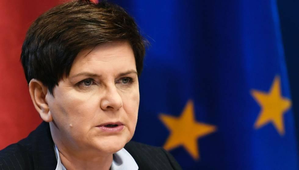 A primeira-ministra polonesa, Beata Szydlo, durante uma coletiva de imprensa nesta sexta-feira em Bruxelas