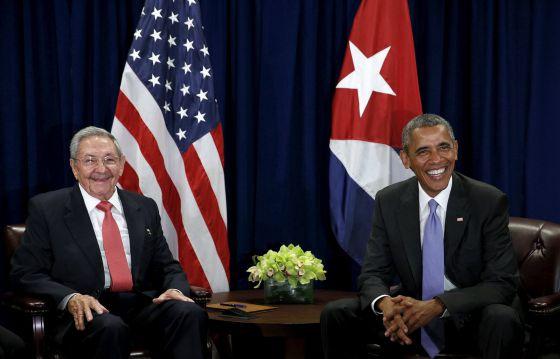 Barack Obama e Raul Castro.