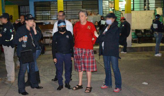 A prisão da fundadora do albergue, Rosa Verduzco em 15 de julho.