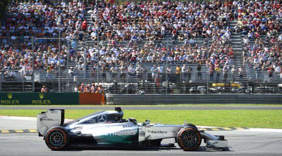 Hamilton roda em Monza.