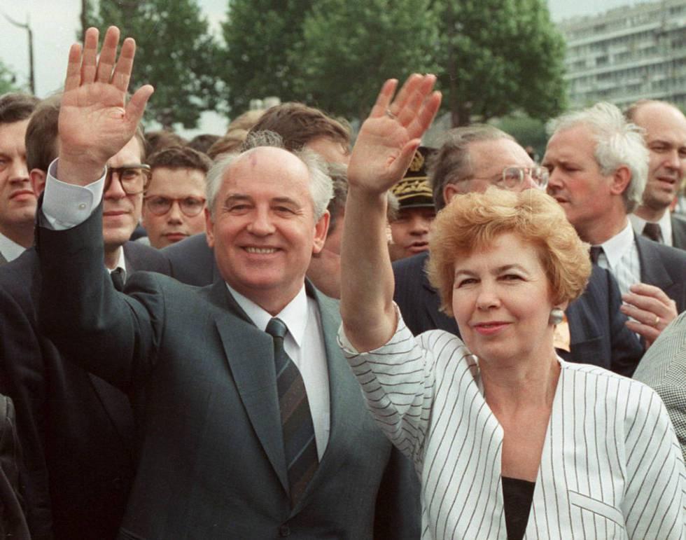 O ex-presidente soviético Mihail Gorbachov e sua esposa, Raissa