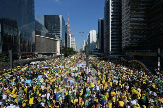 Protesto na Avenida Paulista neste domingo.