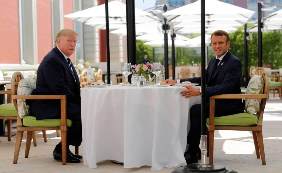 Donald Trump e Emmanuel Macron, reunidos neste sábado em Biarritz.