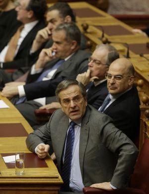 O primeiro-ministro grego, Antonis Samaras, na votação.