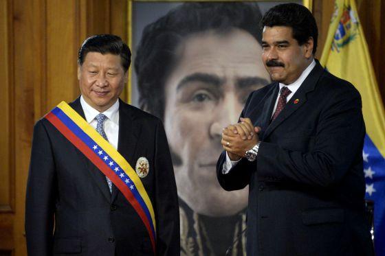 O presidente chinês Xi com Nicolás Maduro em Miraflores