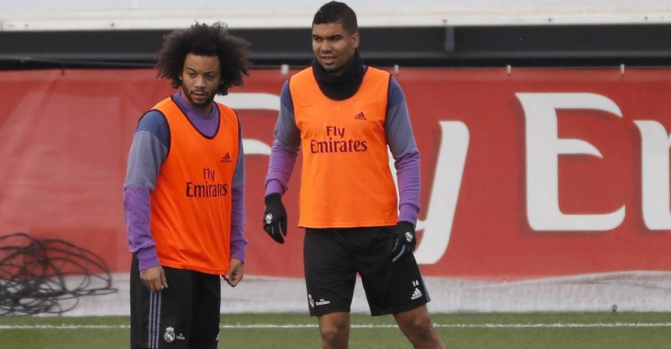 Marcelo e Casemiro em treino do Real.