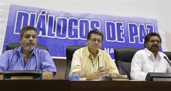 Negociadores das FARC em uma coletiva de imprensa em Havana.