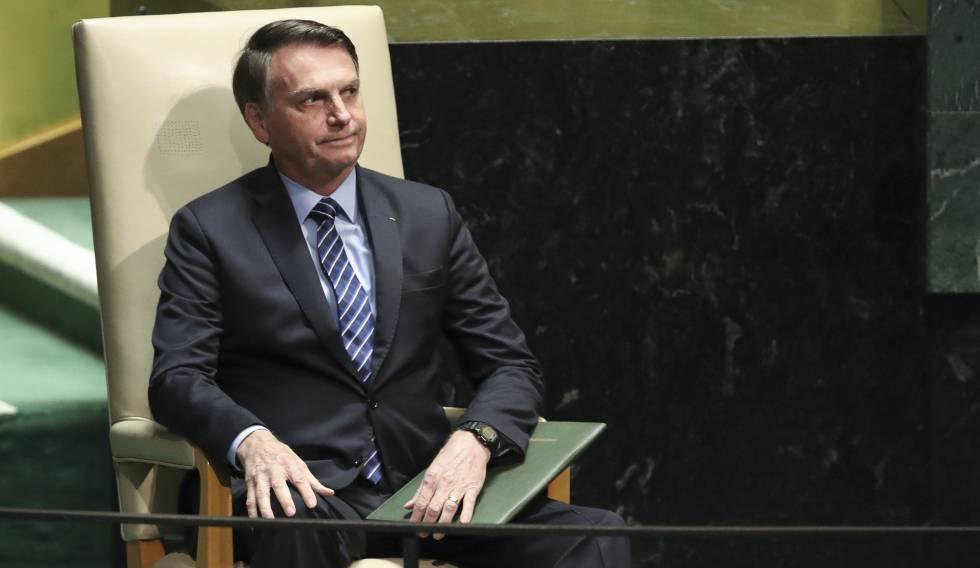 Jair Bolsonaro aguarda o momento de discursar na Assembleia Geral da ONU, nesta terça.