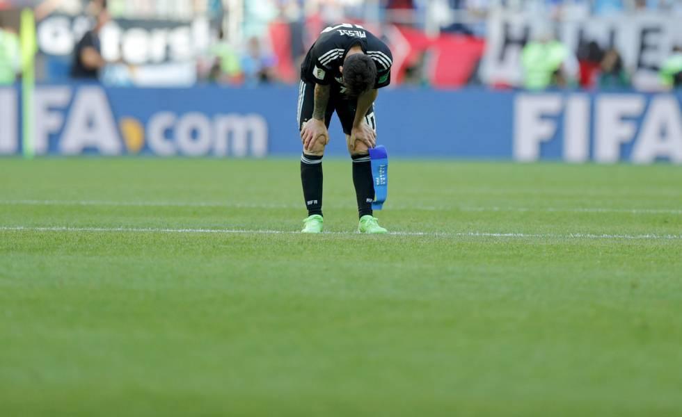 Messi, depois de terminar o jogo contra Islândia.