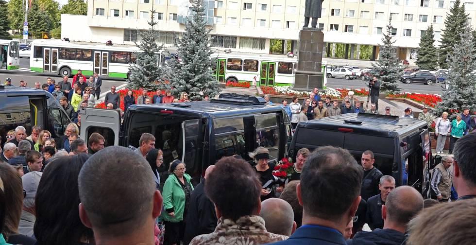 Funeral das vítimas da explosão em uma base militar, em 12 de agosto, em Sarov.