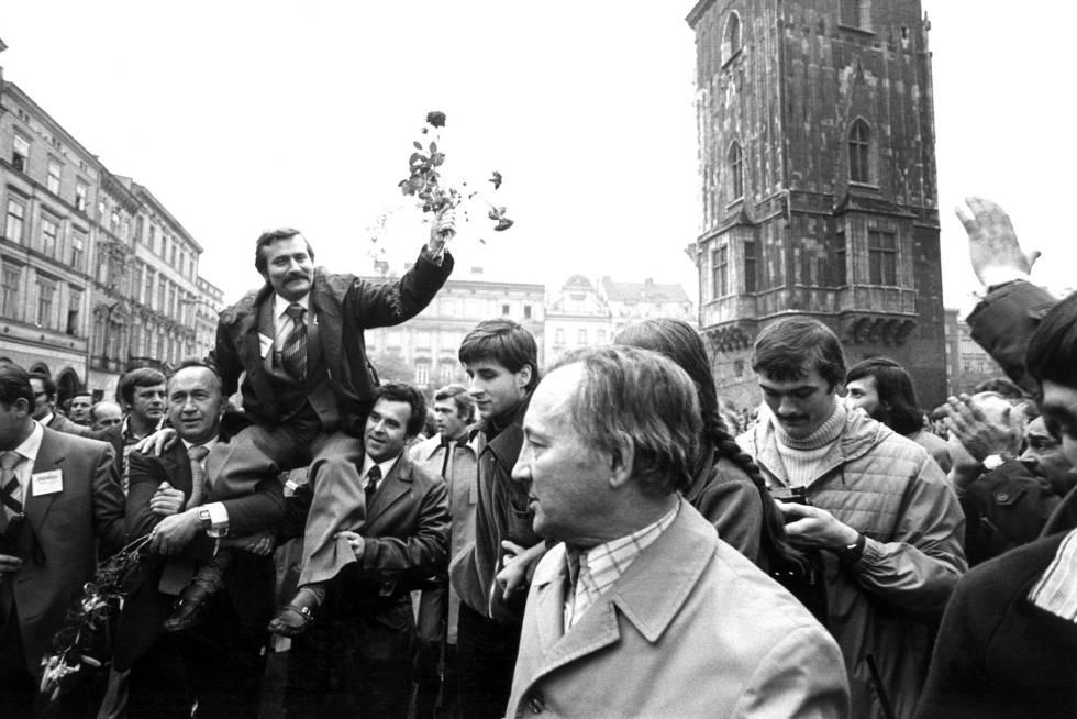 Lech Walesa durante ato em Cracóvia em 1980.