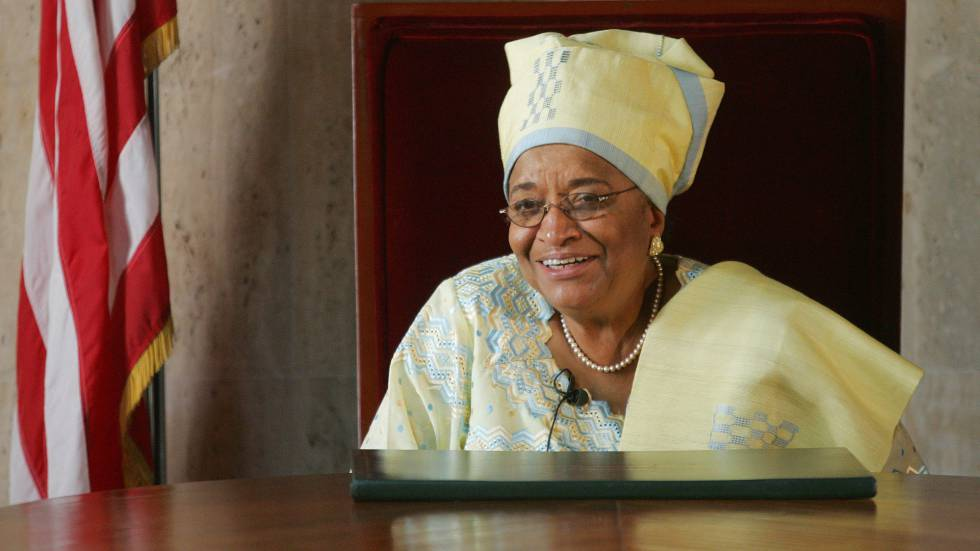A presidenta da Libéria, Ellen Johnson Sirleaf, deixa o cargo depois de 12 anos no poder