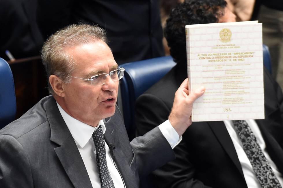 Renan Calheiros na sessão do Senado desta terça-feira.