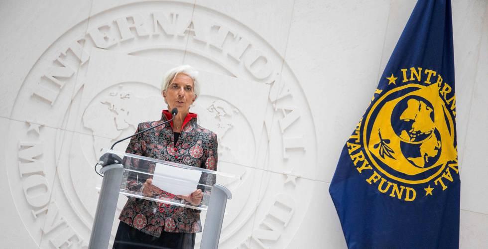 Christine Lagarde em um evento com a imprensa