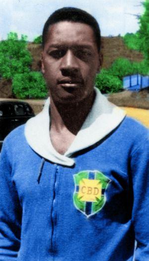 O ex-goleiro Moacyr Barbosa, que levou o gol do Uruguai em 50. Diario AS
