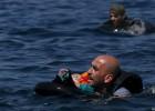 Quase a metade das vítimas fatais é menor, sendo quatro bebês e dez crianças. A embarcação levava 112 refugiados e imigrantes