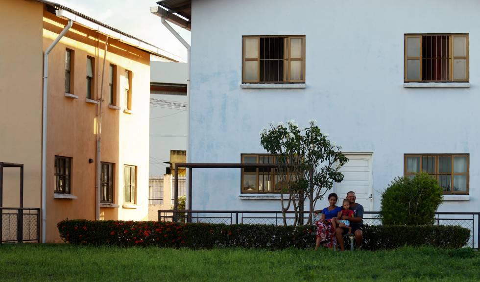 Uma das 18 famílias de venezuelanos que viverão temporariamente na ONG Aldeias Infantis.