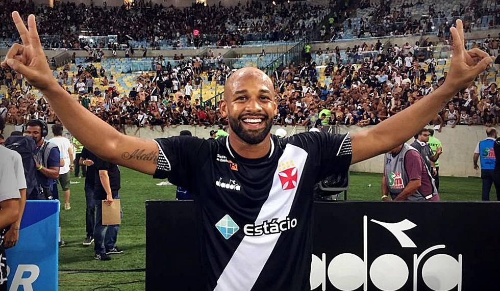 Fellipe Bastos cantou provocação homofóbica ao Flu após título do Vasco.
