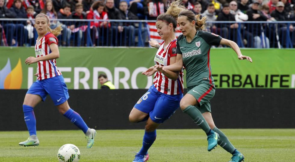 María León, do Atlético, e Moraza, do Athletic.