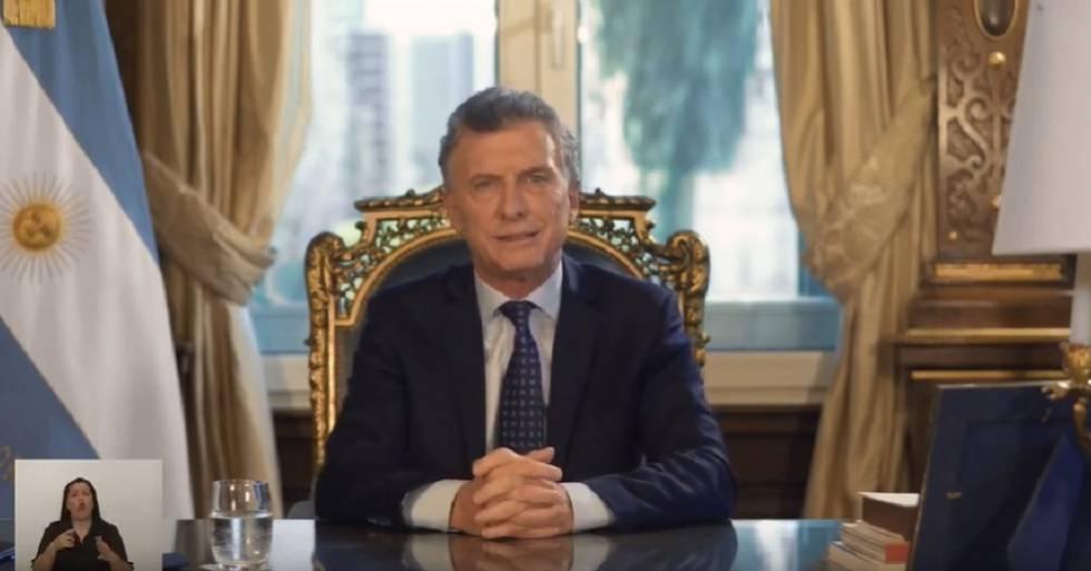 Mauricio Macri faz um resumo de sua gestão em uma mensagem gravada para ser transmitida em rede nacional.