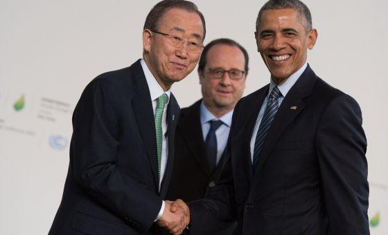 Ban Ki-moon, Barack Obama e François Hollande, ao fundo.