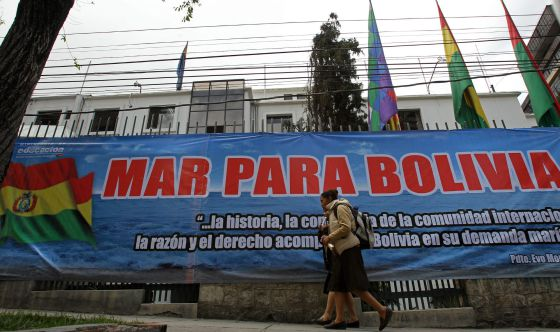 Cartaz em La Paz.